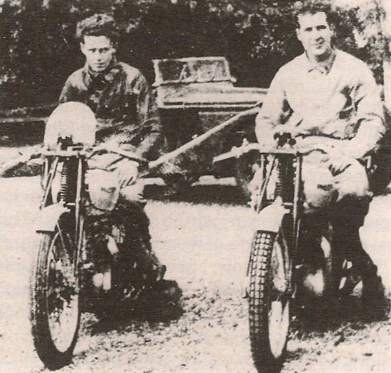 Rex McCandless (left) and Artie Bell, both on racing Triumph Tiger 100s in 1940. Note swanky race transport behind them!