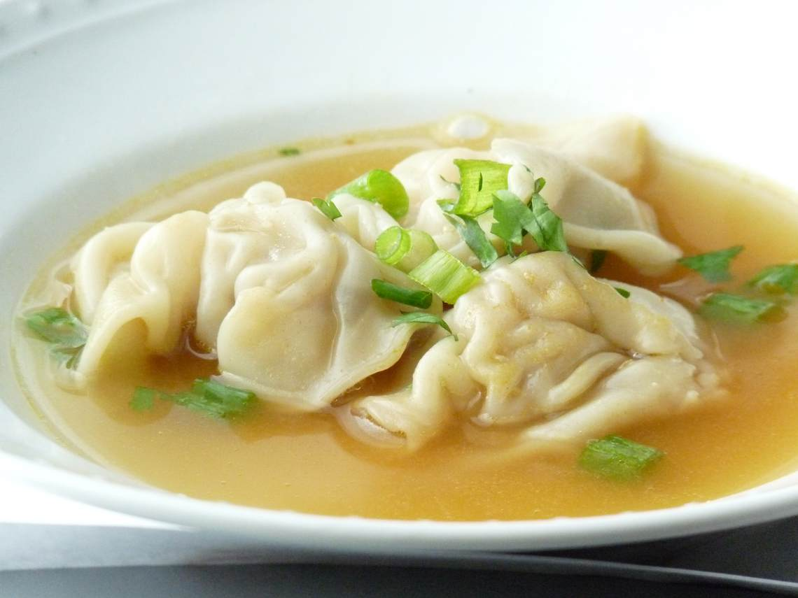 Homemade Wonton Soup Recipe : Glorious Soup Recipes