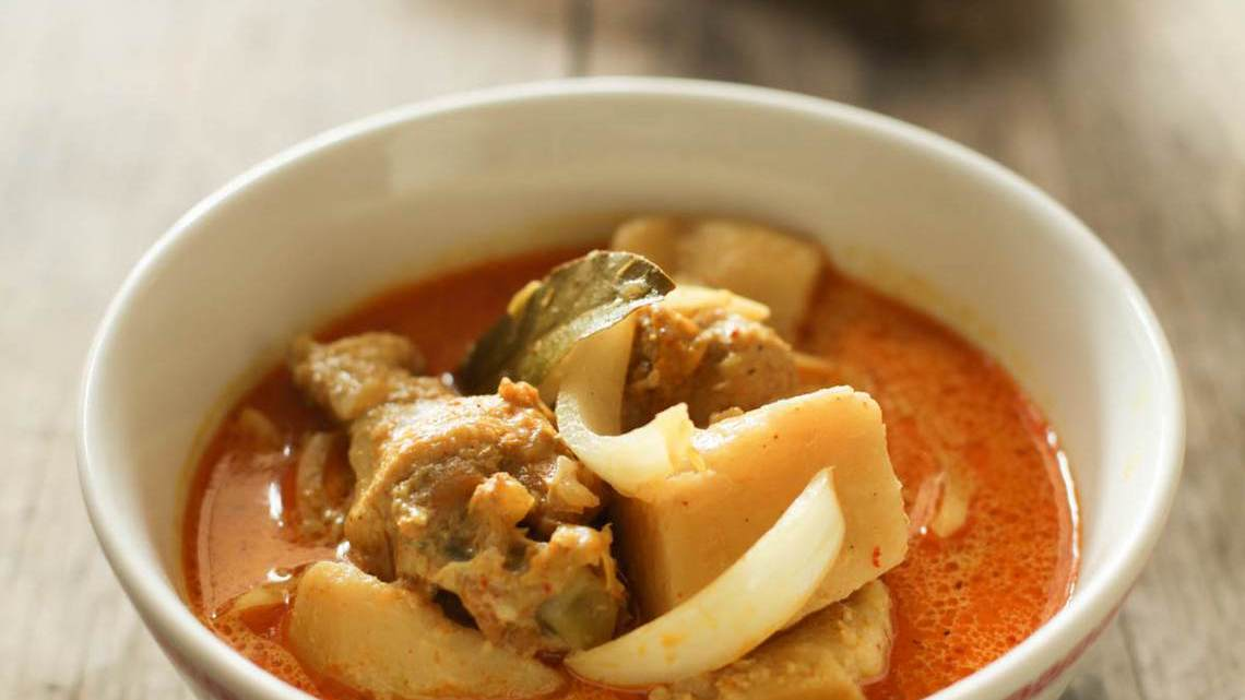 Vietnamese-Style Chicken Curry Soup Recipe : Glorious Soup ...