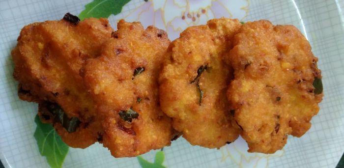 Tapioca fritters/kelangu vada