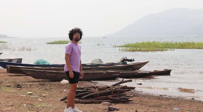 Chesron vraagt met nieuwe single aandacht voor kindslavernij in Ghana