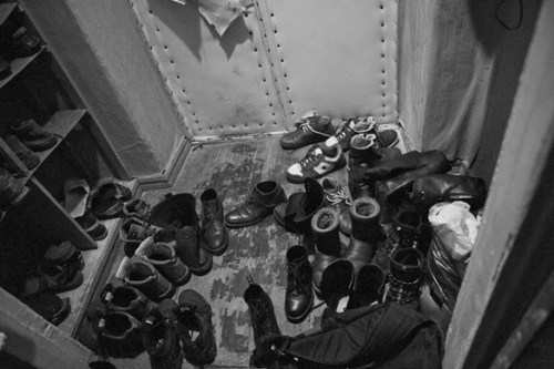 Киевский сквот: 10 человек в 7 комнатах заброшенного дома