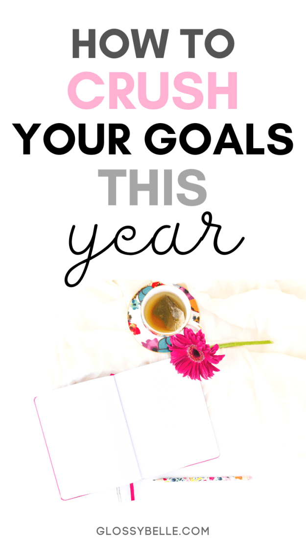 The new year is a totally fresh start to the year. In this post, I give my tips on how to successfully set goals & plan your year. Learn how to finally achieve success & make your dreams a reality! | girlboss | motivated | setting goals | goal setting | slay your goals | planners | planning | personal growth | personal development | self improvement | new years goals | success tips | new years resolution | productivity | growth tips | self-growth #motivation #newyearsresolution #goals #newyears