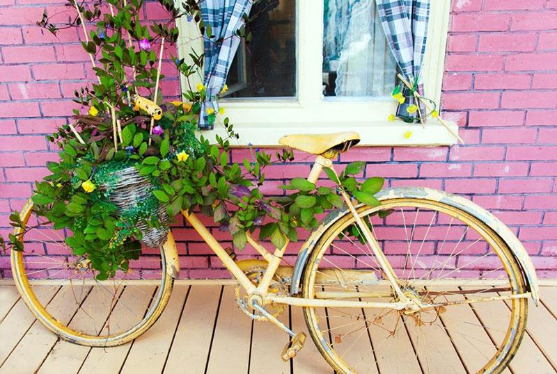 biking frugal date