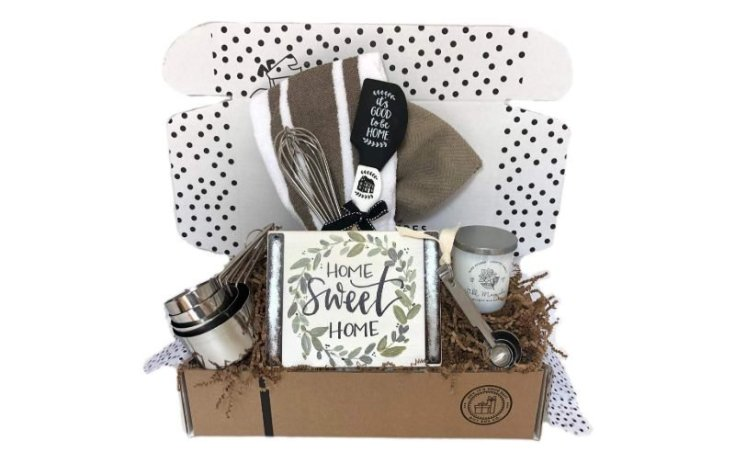 Hey it's your day! Housewarming Gift Basket