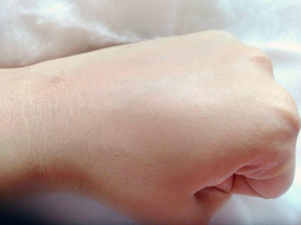 L'Oreal Paris Nude Magique CC Cream Anti fatigue Review 5