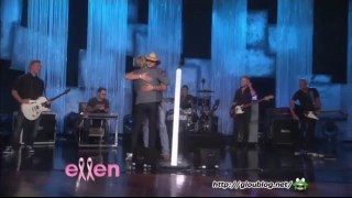 Jason Aldean Performance Oct 01 2014