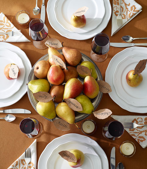 "The pears in this centerpiece have paper ""thankful for"" leaves (photo from Good Housekeeping)."