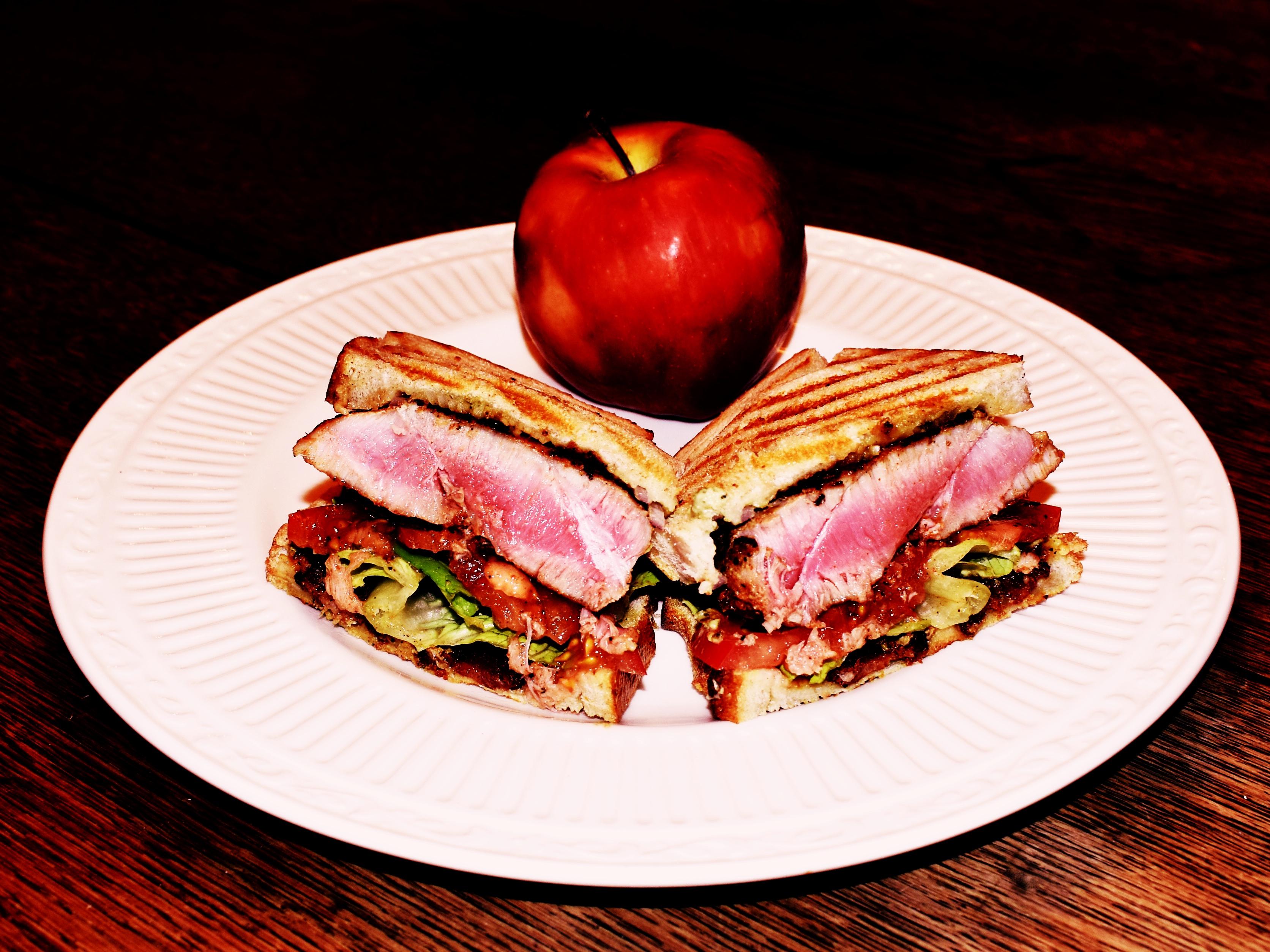 Sandwich Wednesday: The Grill-Meister's Tuna Steak BLT Panini (the TBLT)