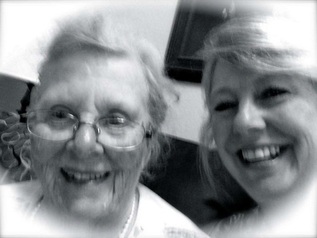 Ruth Violet Hiatt Holt and granddaughter Kim Harvell Glover, taking a selfie