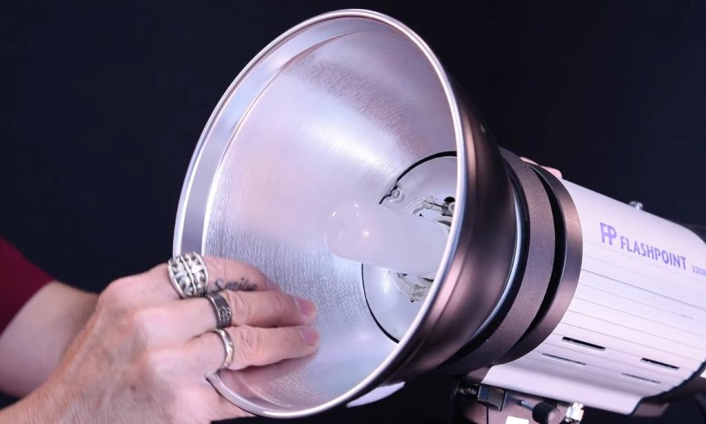 Top 5 Best Strobe Lights For Photography Of 2019 + Reviews