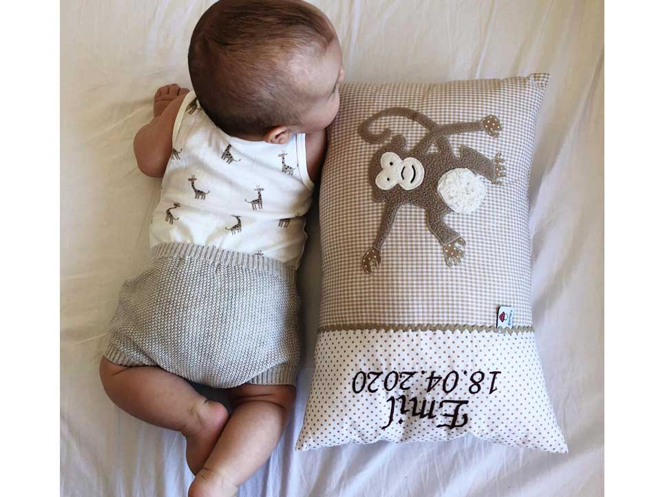Kuschelkissen Baby - handgenäht und in hochwertiger Qualität
