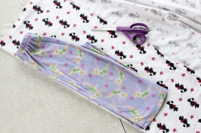 Sewing your own pajama pants is easier without a pattern for a perfect fitting pair every time!
