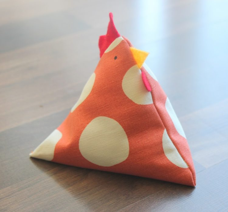 little chicken bean bags free pattern and tutorial