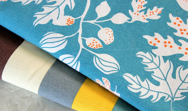 This placemat tutorial will teach you how to make a set of reversible placemats in under 30 minutes!Homemade placemats are incredible easy to make. They are a perfect beginning sewing project and make a great gift.