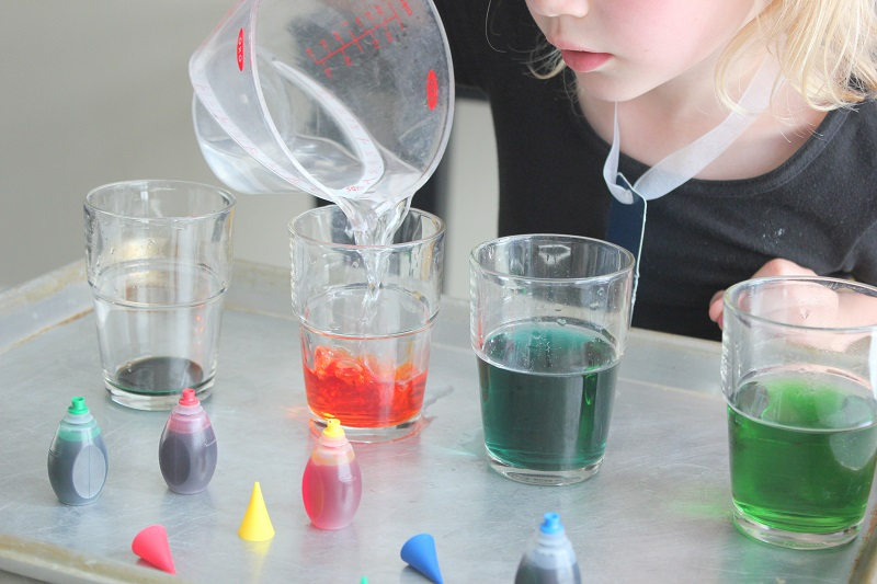 Easy Science Experiments for Kids Using Basic Household Ingredients