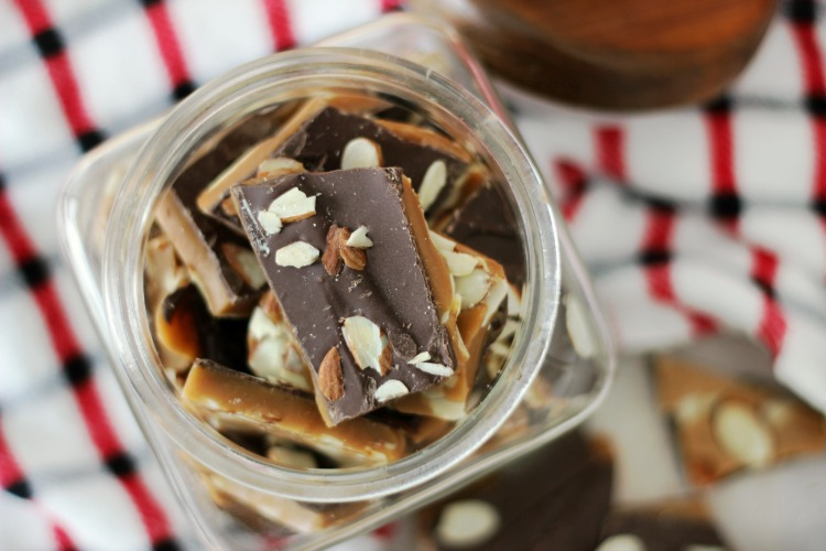 jar of finished english toffee