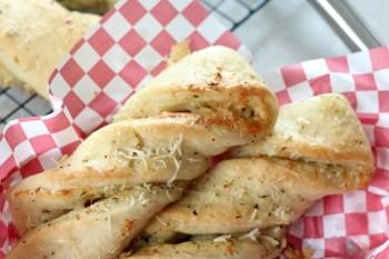 Cheesy Ranch Garlic Twists Recipe
