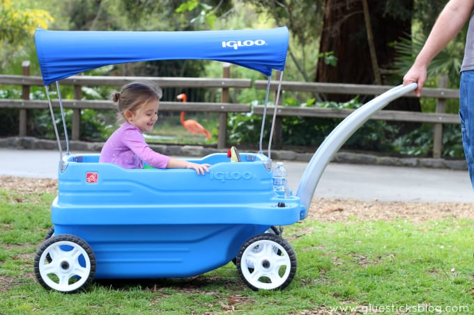 toddler in wagon at the zoo