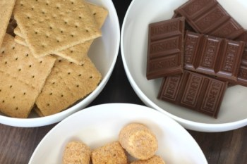 Recipe: Toasted Coconut & Caramel S'mores