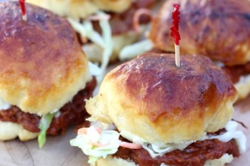 Recipe: Pretzel Roll BBQ Pork Sliders