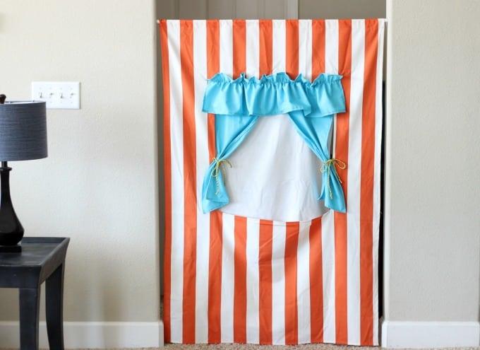 Doorway Puppet Theater Tutorial
