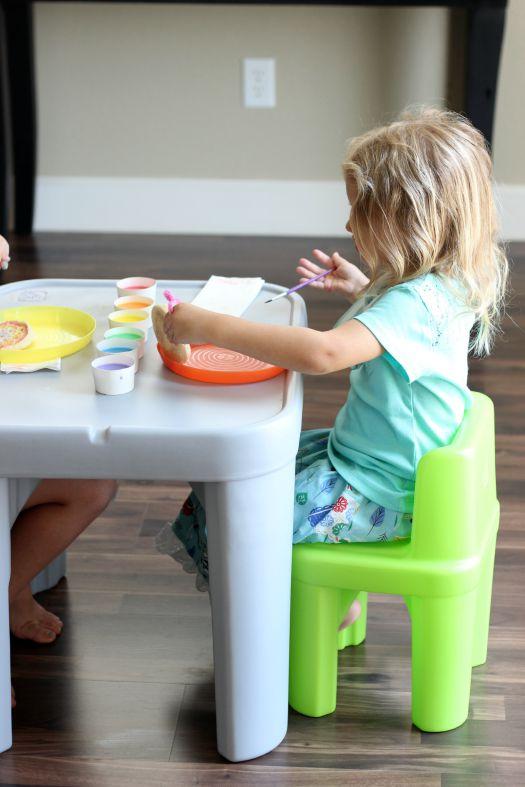 Kids Craft: Tie Dyed Toast - Gluesticks