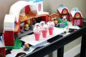 Preschool Farm Party with Pink Pig Ice Cream Cones