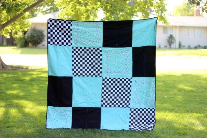 front of bandanna picnic blanket using 16 bandannas