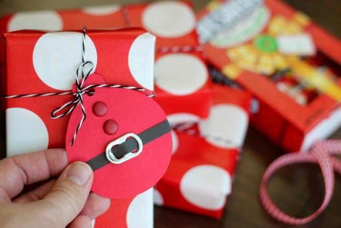 Quick xmas craft gift tags