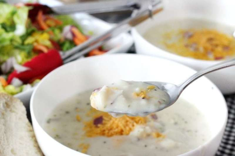 Date night doesn't have to be fancy. It's who you're with that counts! Cozy up with a soup and salad date: a couple of bowls of creamy potato soup, chopped salad, and bread for dipping. The perfect lunch or dinner date!
