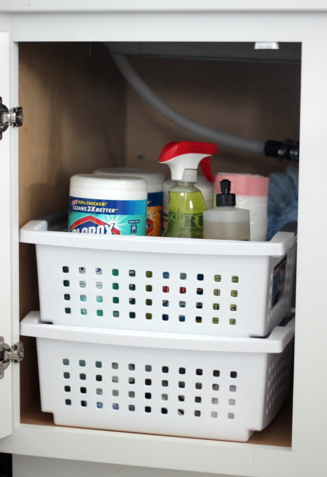 Kitchen organization can be a daunting thing to think about. Let's start with the basics. Follow these 5 steps to clean out and tidy up under your sink. Once that area is organizes you will be ready to clean and tackle the rest of the kitchen.