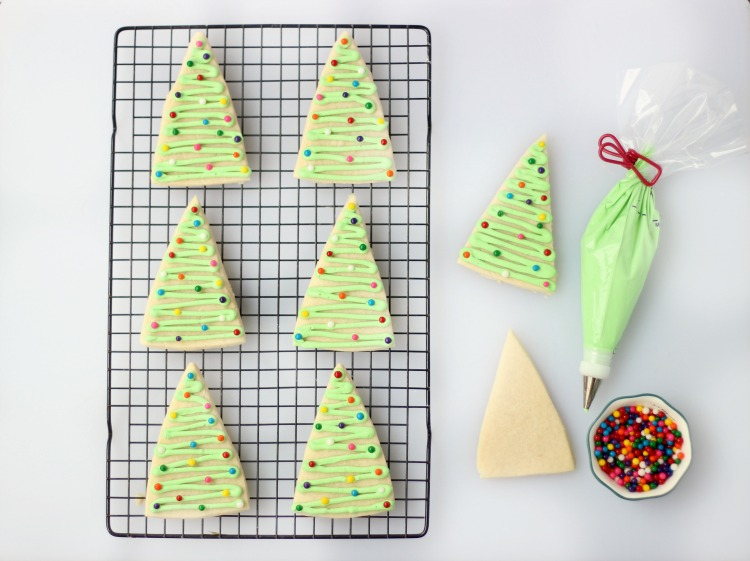 Quick And Easy Triangle Christmas Tree Cookies Gluesticks