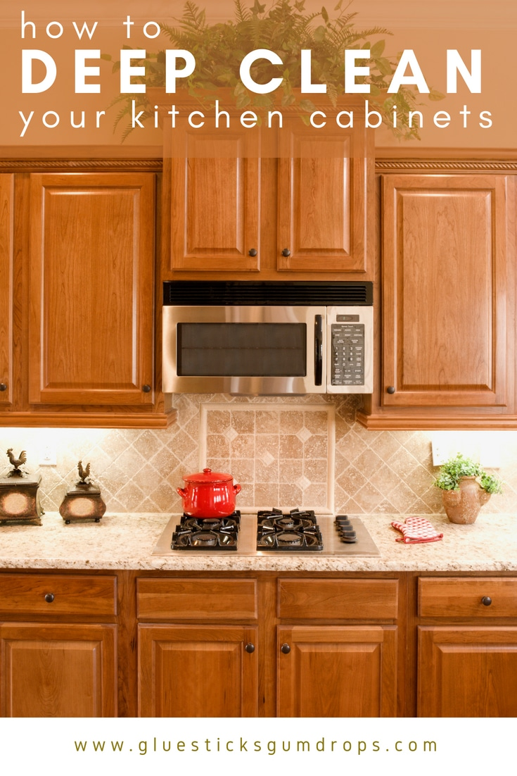 How to Clean Kitchen Cabinets to Get Rid of Grime and Clutter