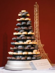 Miss Macaroon wedding tower