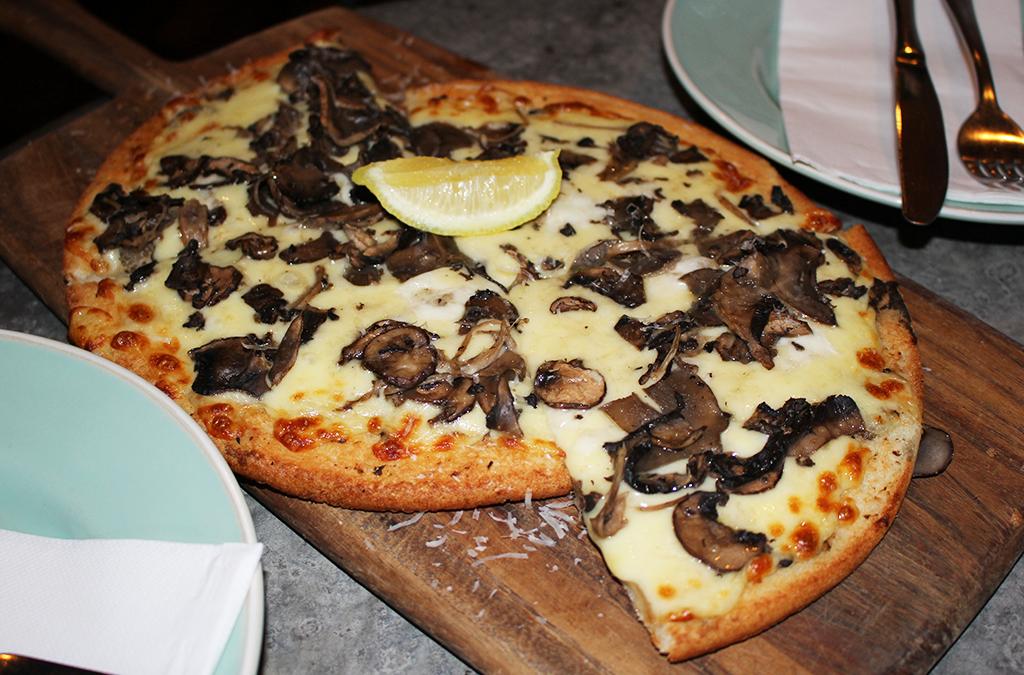 Cottage Bar & Kitchen Balmain mushroom pizza