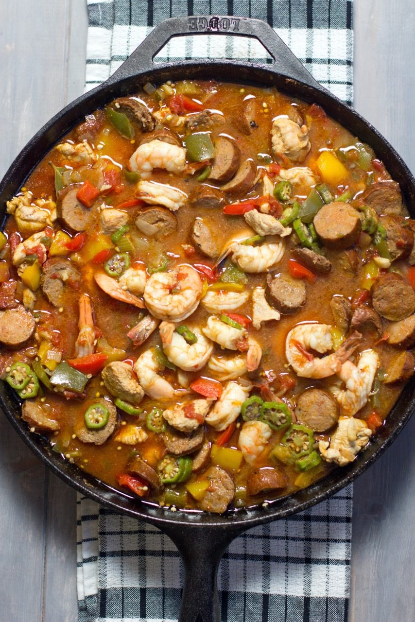 Jambalaya in a cast iron pan