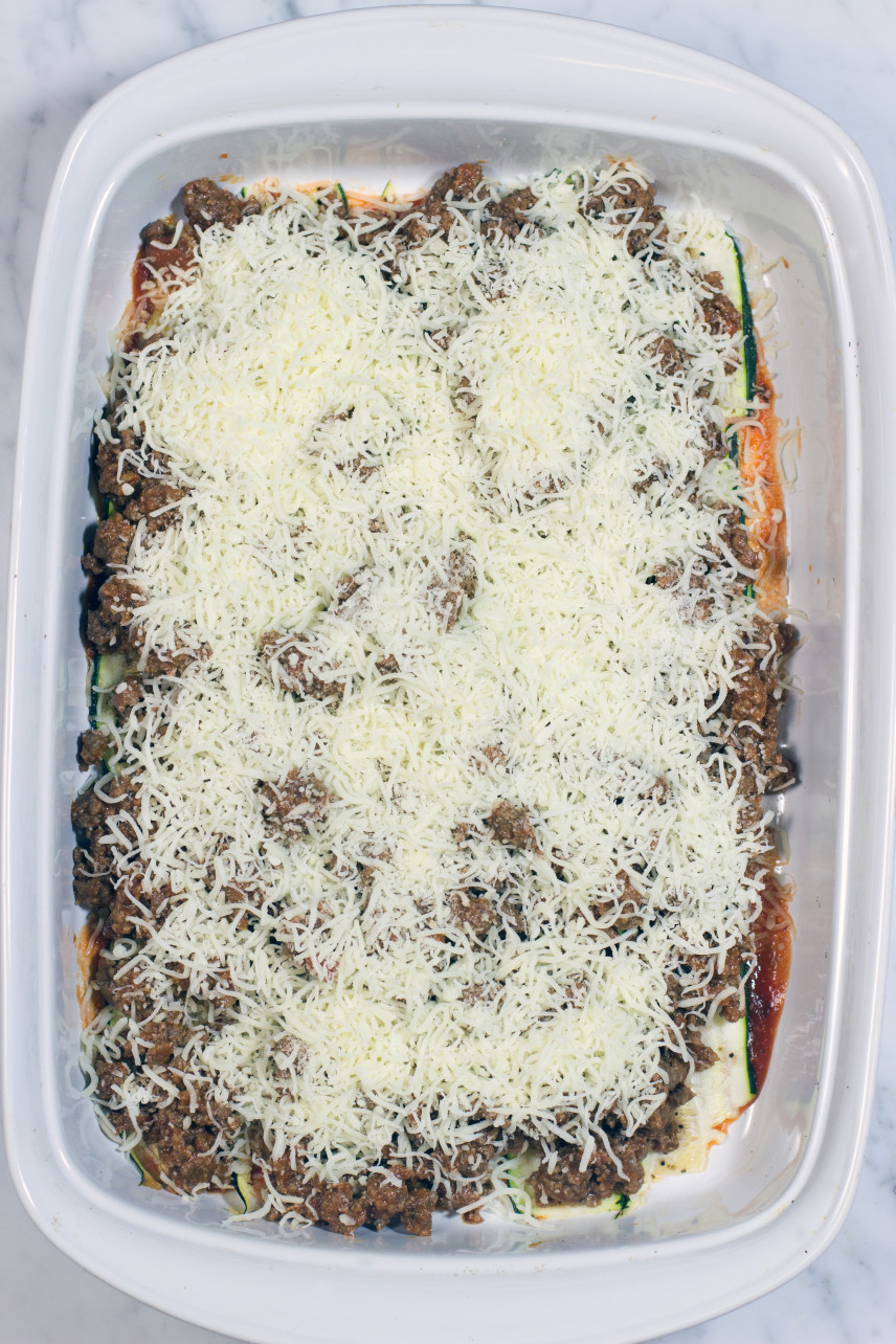 zucchini, meat sauce, mozzarella layers for casserole