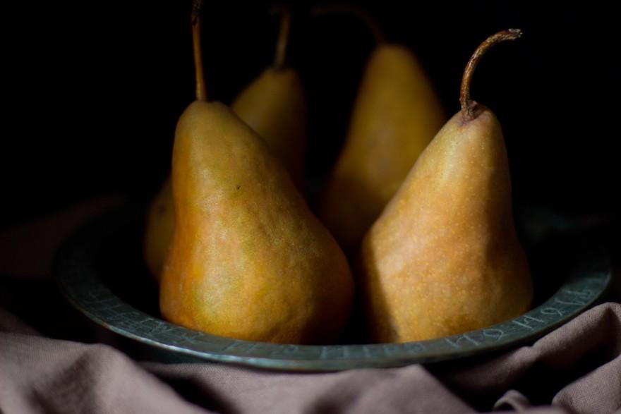 bosc pears in a metal dish