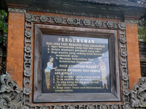 The rules for entering the temple | Photo Diary: Our Day in Bali | Gluten Free Horizons