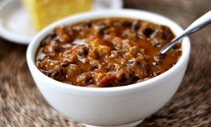 Gluten-free black bean pumpkin chili