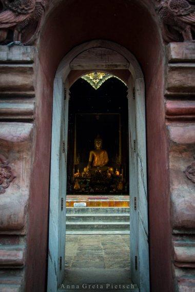 eingang_tempel_chiang_mai_thailand