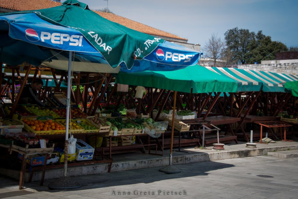 Markt_Zadar (FILEminimizer)