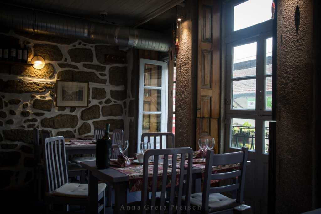 Porto_Tapas_Restaurant (FILEminimizer)