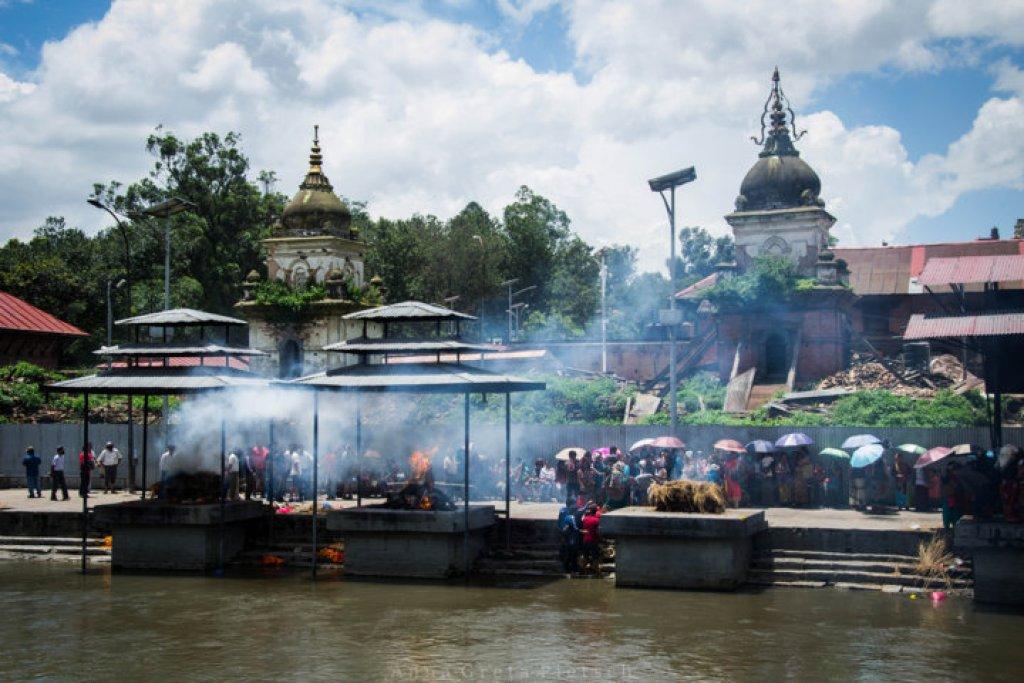 verbrennungen_pashupatinath_nepal