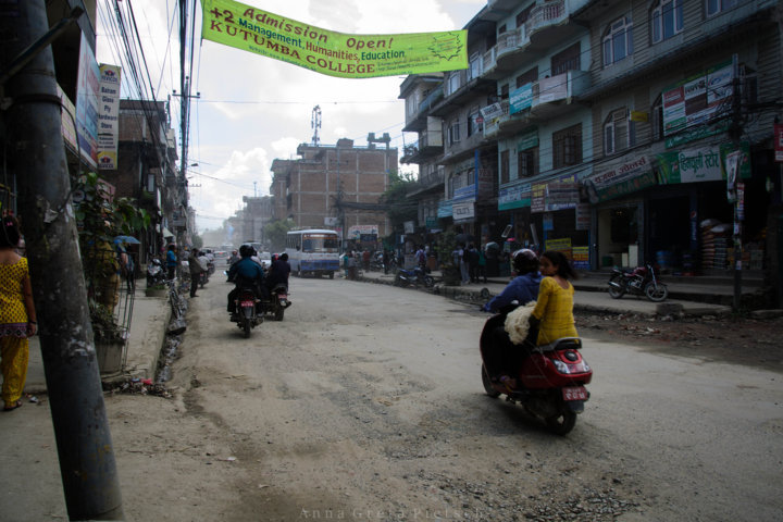 motorradfahrer_kathmandu_nepal