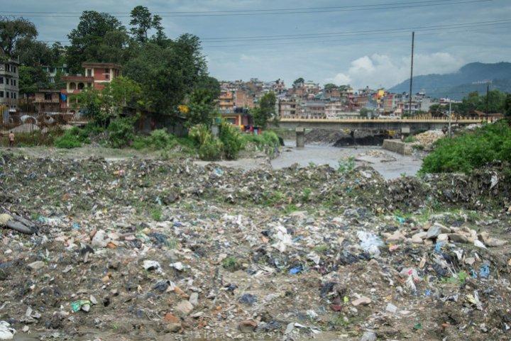 muell_flussufer_kathmandu_nepal