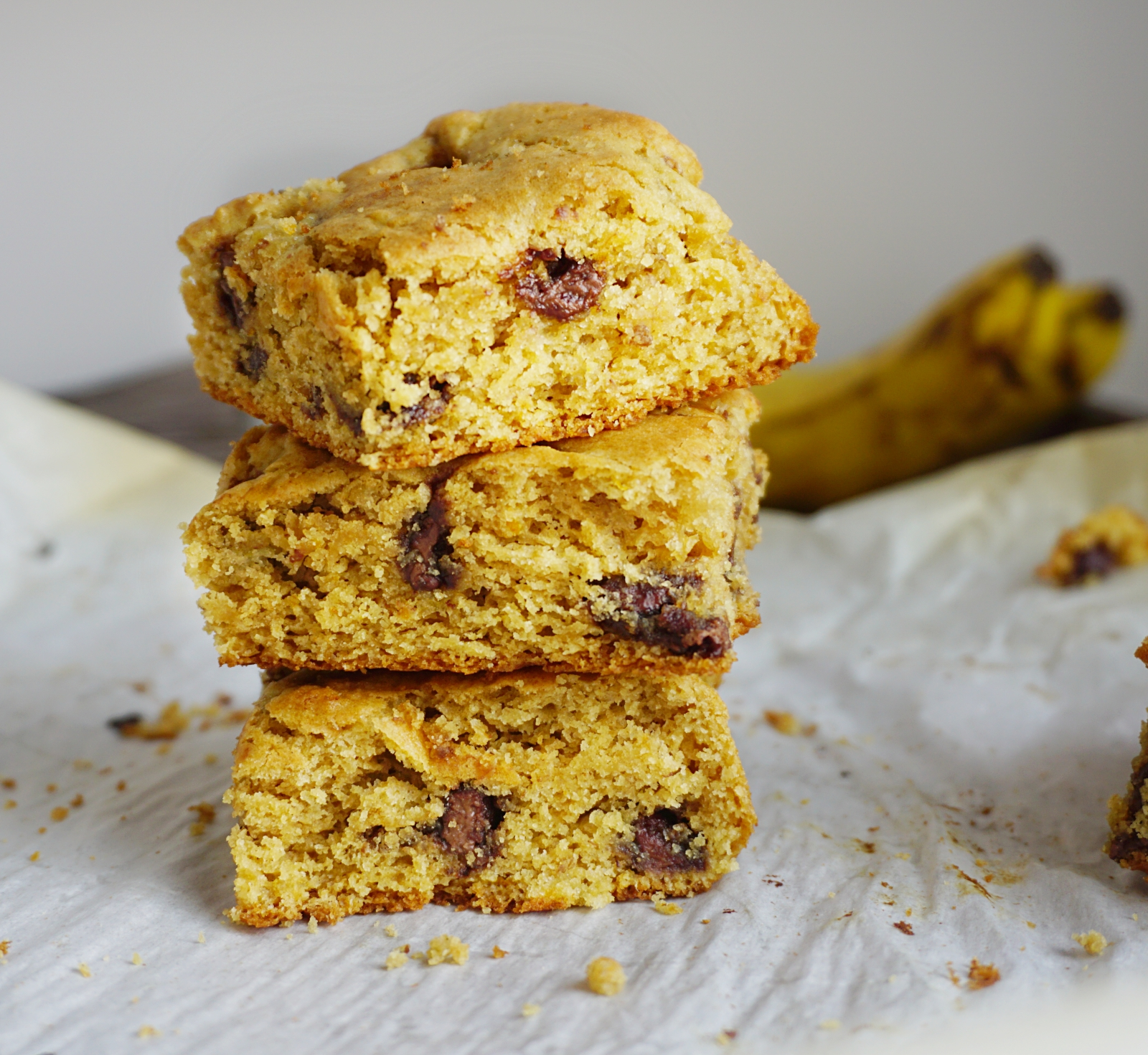 Almond butter banana cookie bars (gf)
