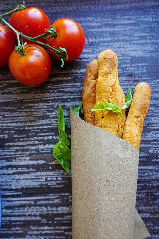 Tomato,feta and basil breadsticks