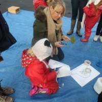 Family Play: Outdoor Learning